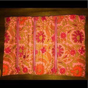 Handbags - Floral Make Up Bag 🌷